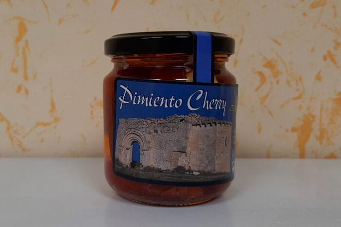 Pimientos Cherry rellenos de crema de queso de oveja
